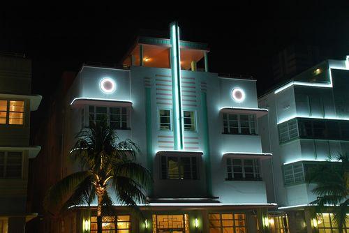 Bs_Art_Deco_Hotel_In_South_Beach__2698234