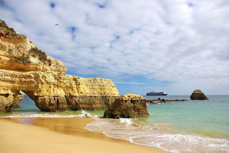 Bs_Rocks_And_Cruise_Algarve_Rocha_Beach_4916769