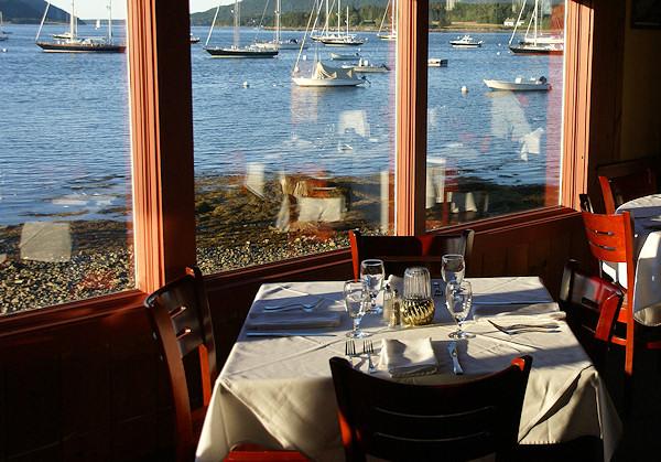 Bs_weekend_maine_harbor_restaurant_2464120