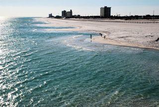 Bs_pensacola_beach_florida_Emerald_Coast__1405579