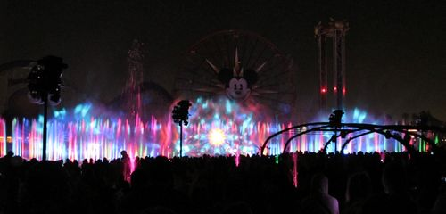 Disney_world_of_color_2
