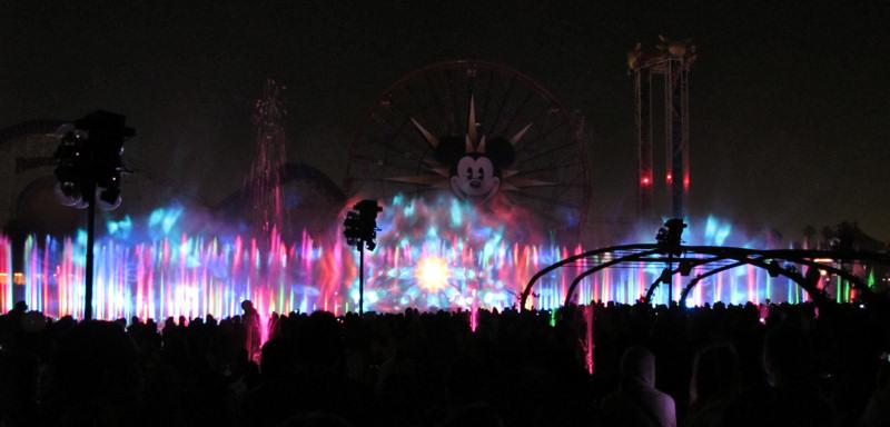 Disney_world_of_color_2
