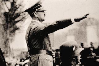 Hitler-salute1
