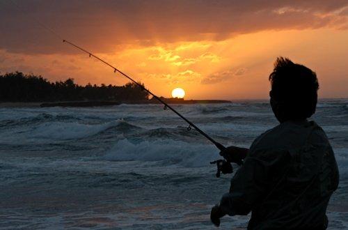Fisherman on Oahu's North Shore, Hawaii
